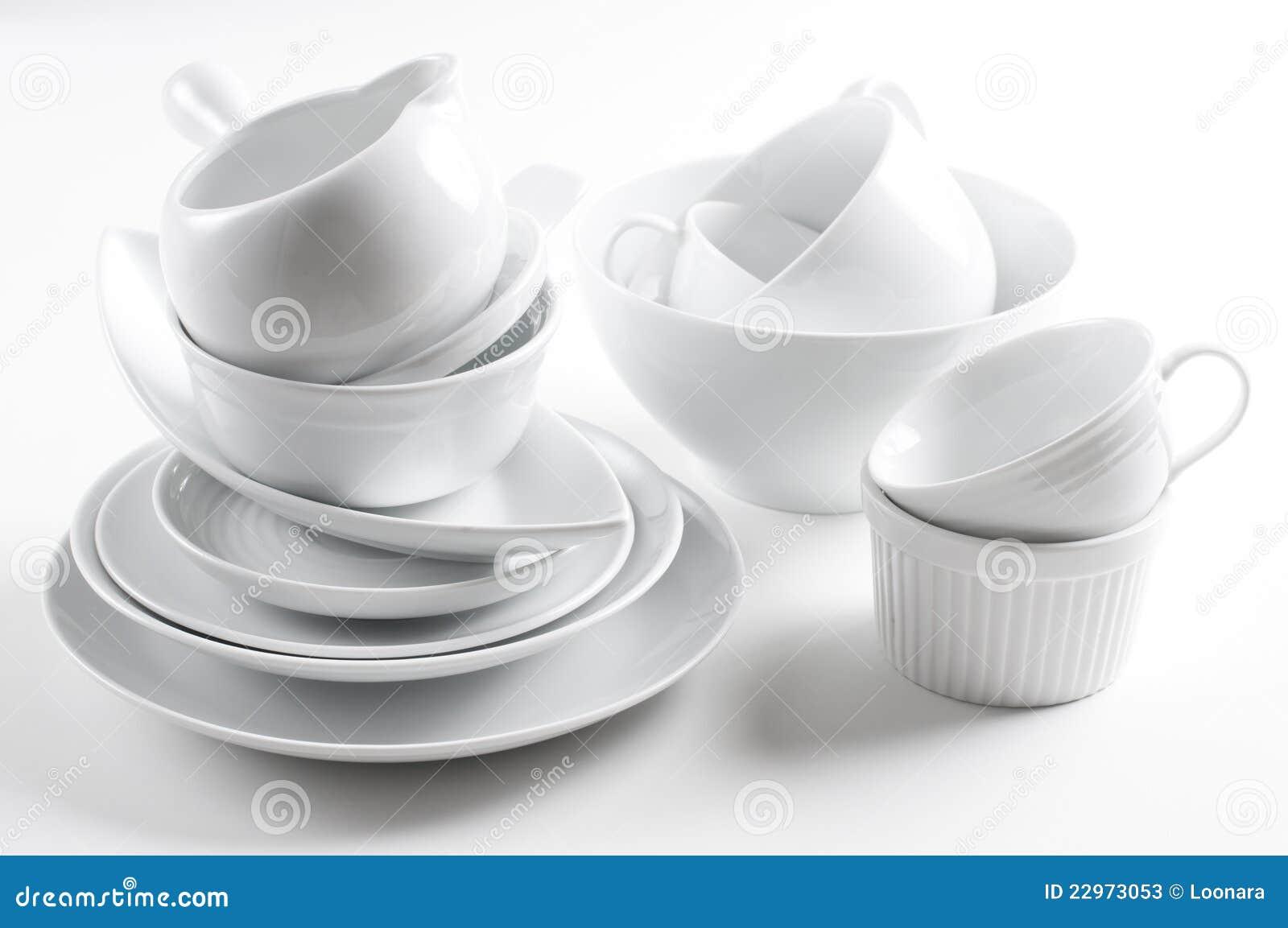 Utensilios blancos de la loza y de la cocina fotos de for Utensilios de cocina fondo