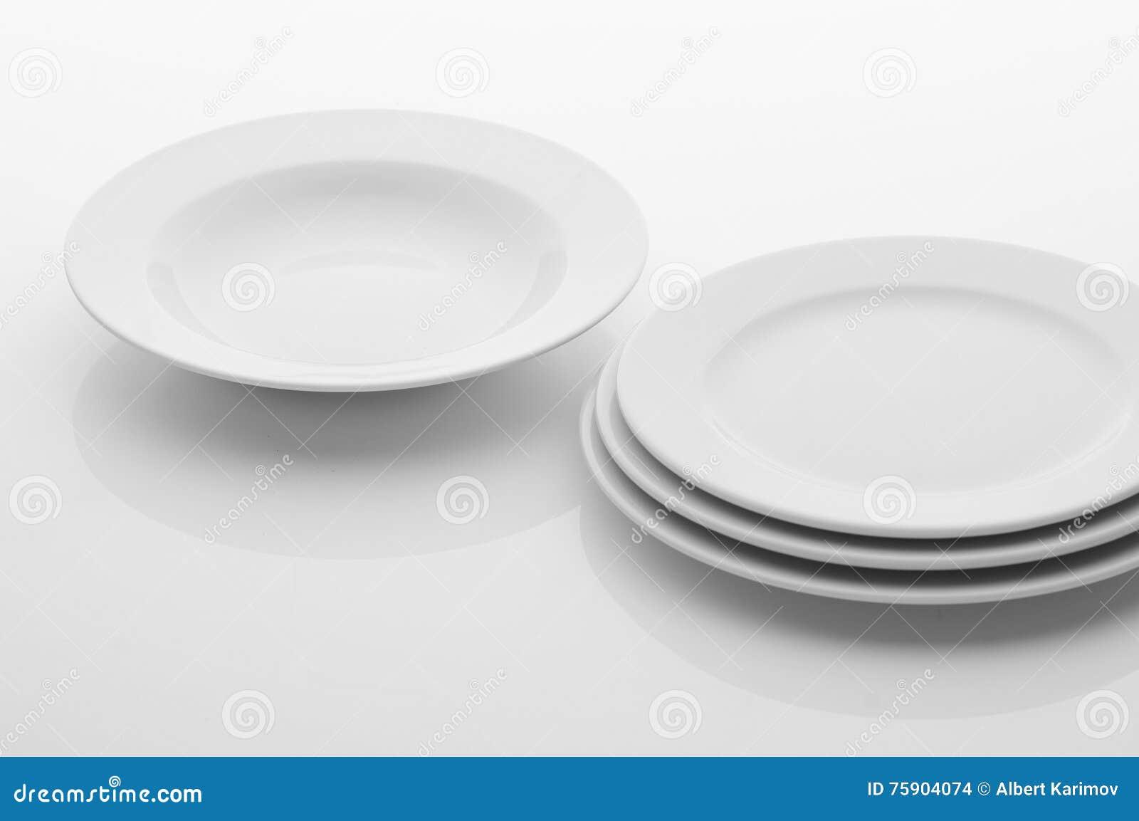 Utensilios de la cocina y del restaurante platos foto de for Utensilios de restaurante