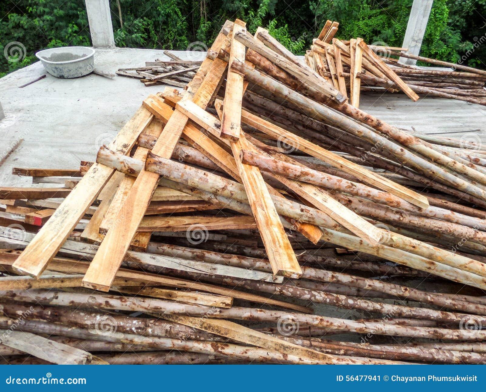 Utilisation du bois de support de shutter des panneaux de construction