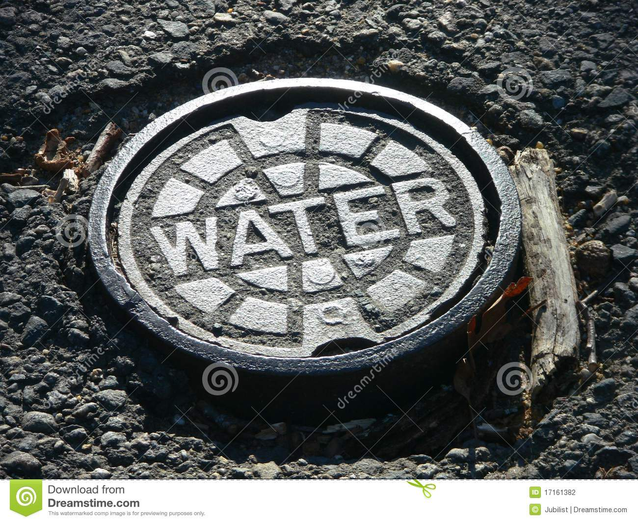 Download Utilities: Water Main Cover Stock Photo - Image of pothole, circle: 17161382