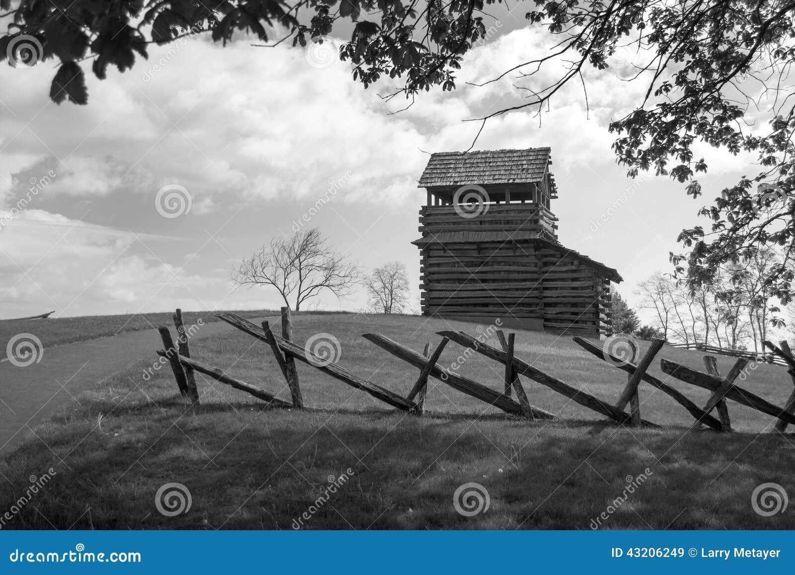Download Utkiktorn På Det Groundhog Berget - Blåa Ridge Parkway, Virginia, USA Fotografering för Bildbyråer - Bild av familj, leaves: 43206249