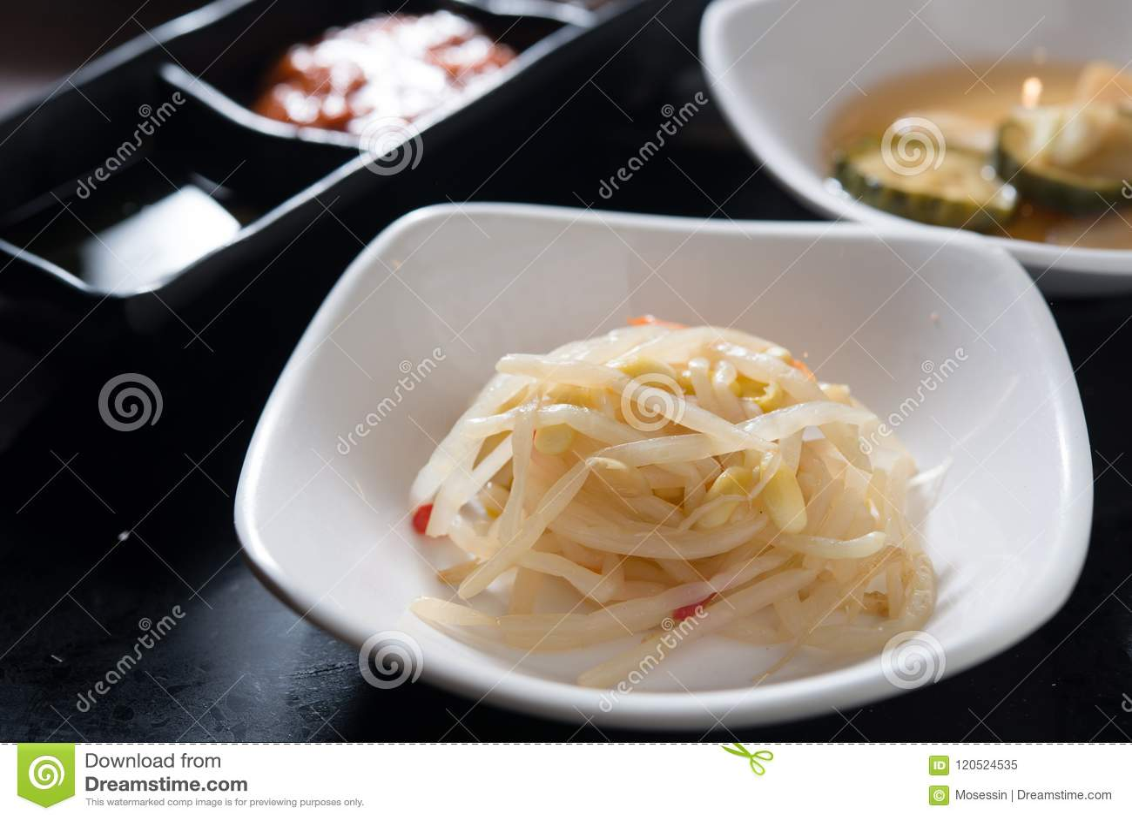 Utloppsrör för koreanKimchi veggie