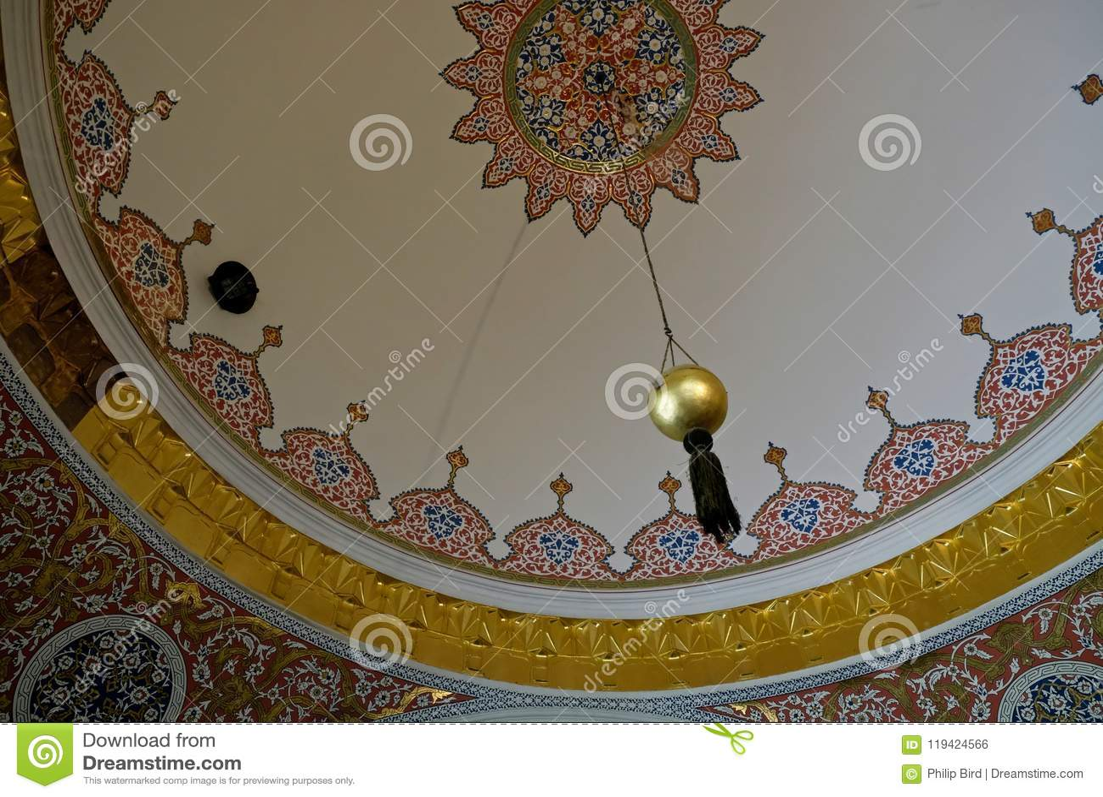 Utsmyckat tak i den Topkapi slotten och museet i Istanbul