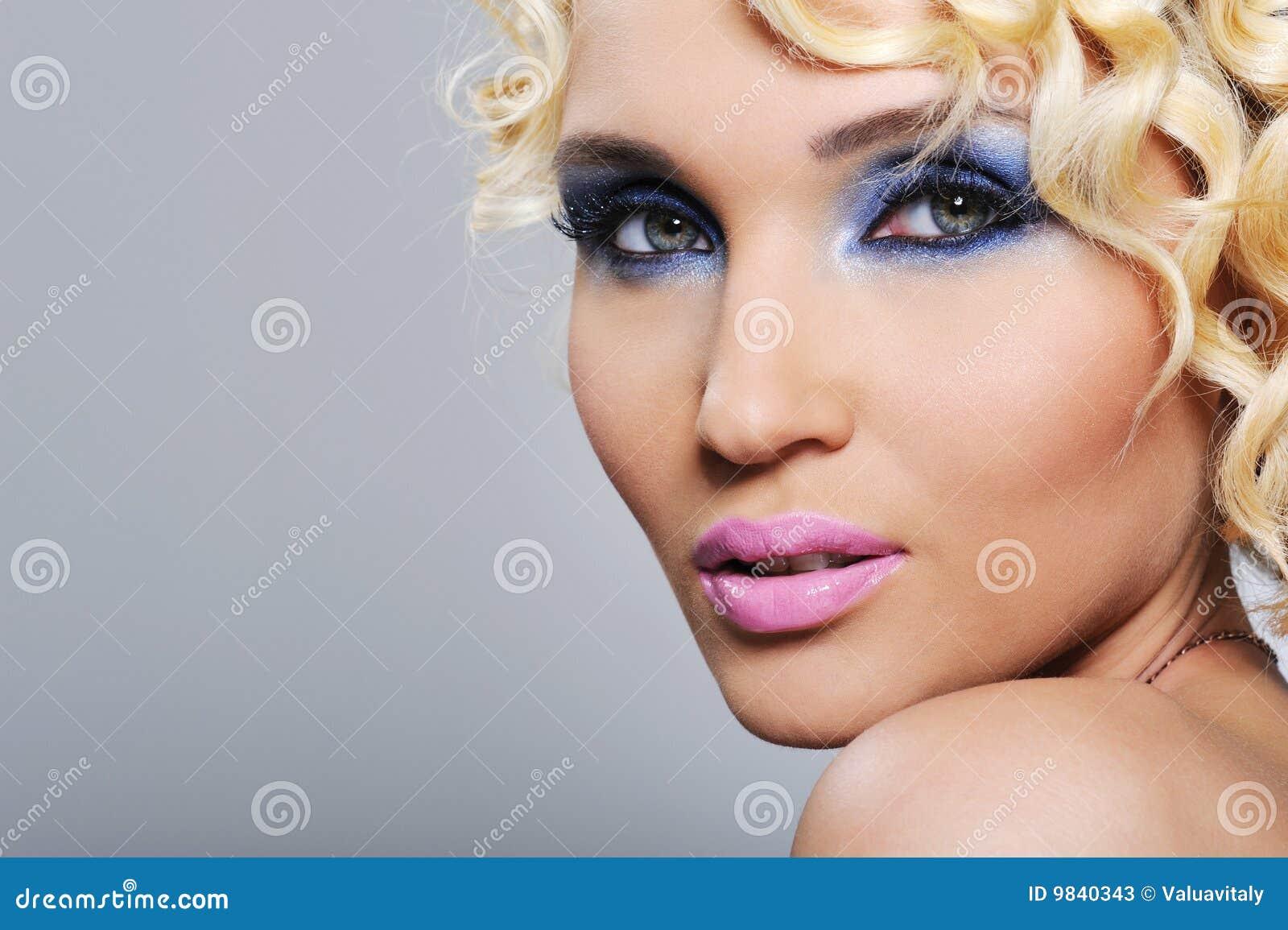 Uttrycksfull flickaglamour