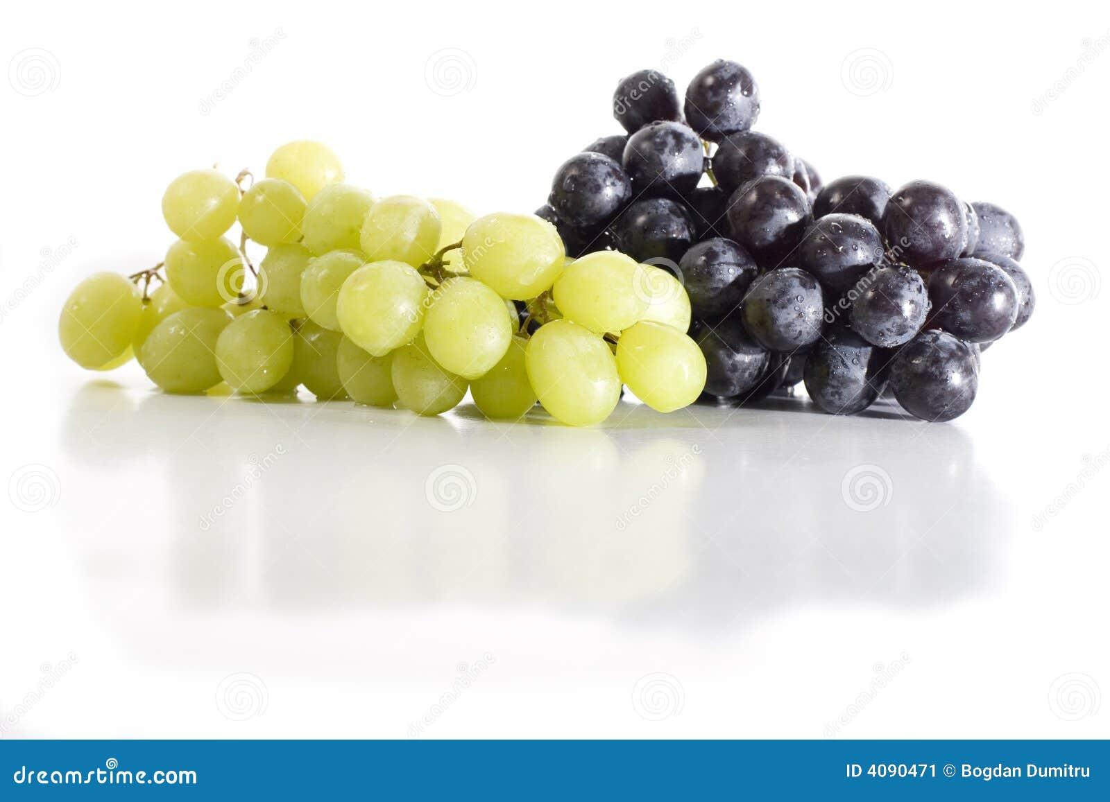 Uvas blancos y negros