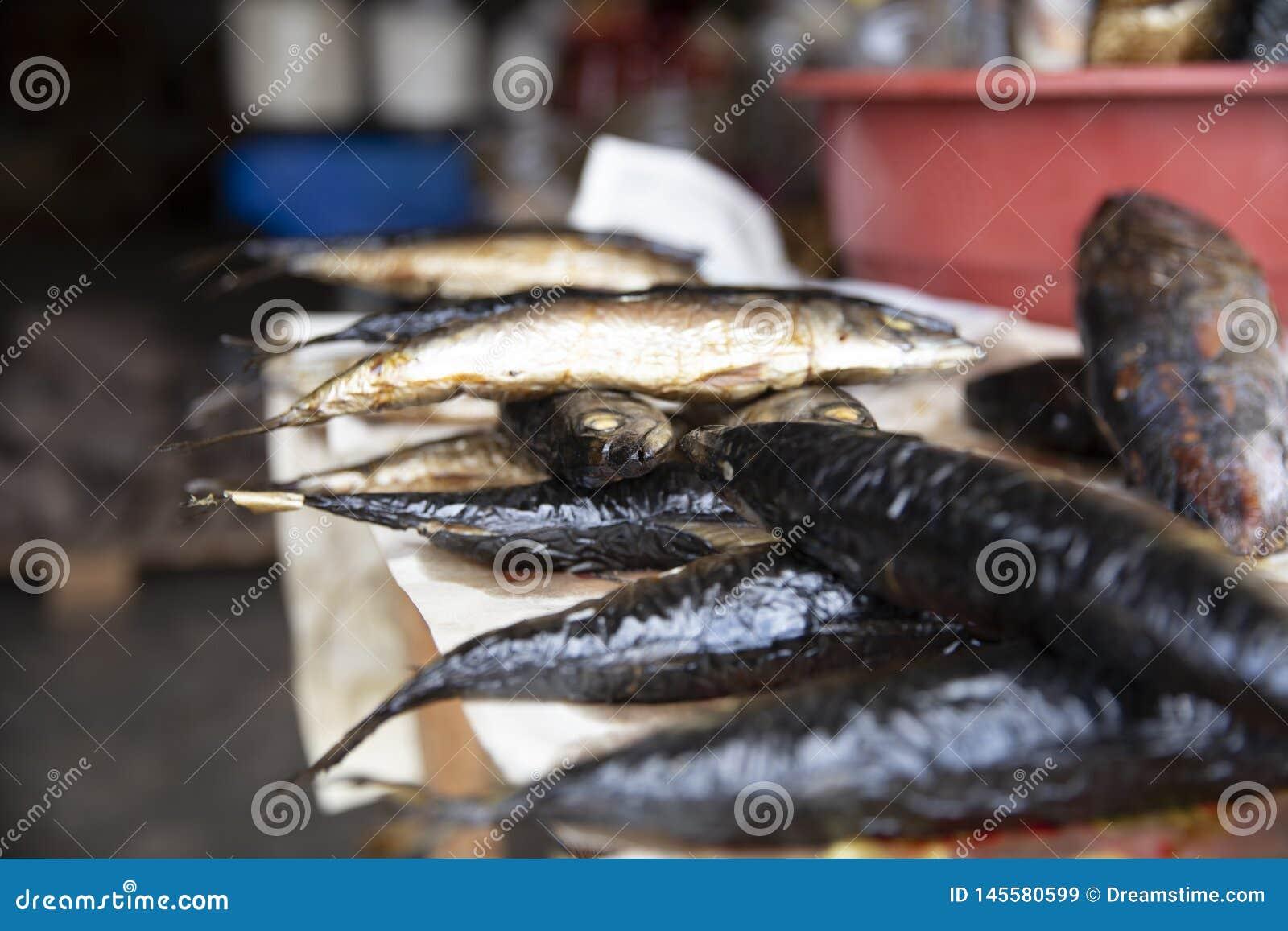 Uw?dzona ryba od Ghana rynku
