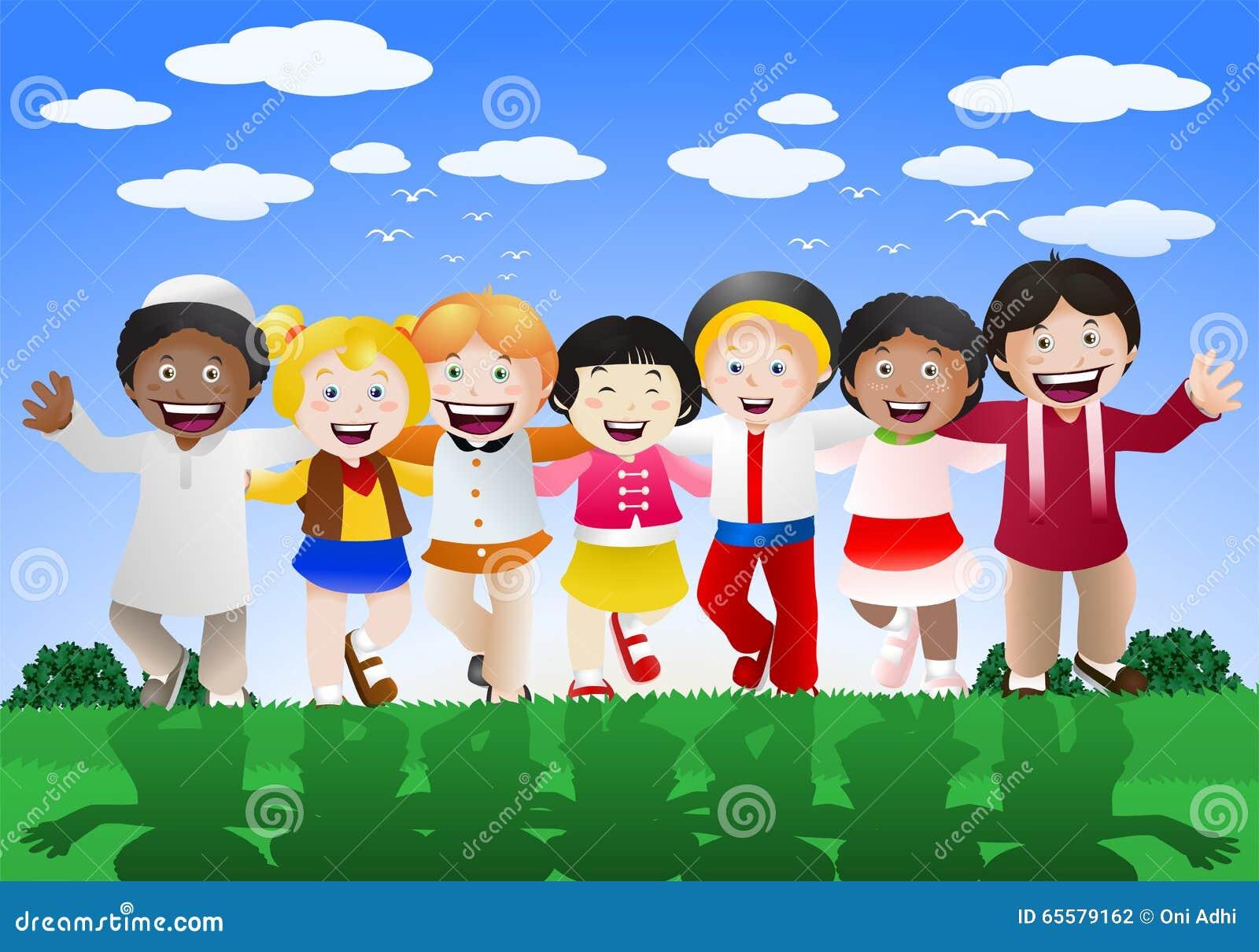 Várias crianças da cultura felizes no fundo da natureza