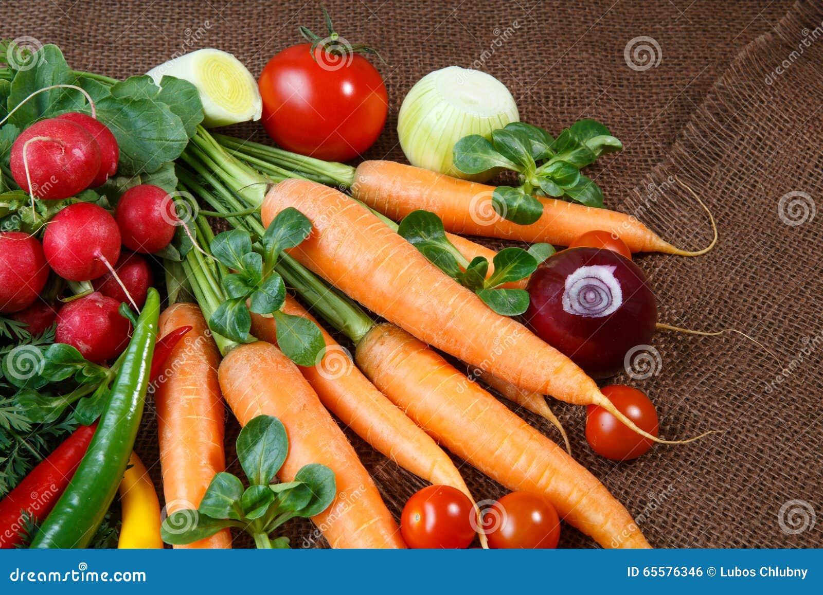 Vários vegetais orgânicos frescos