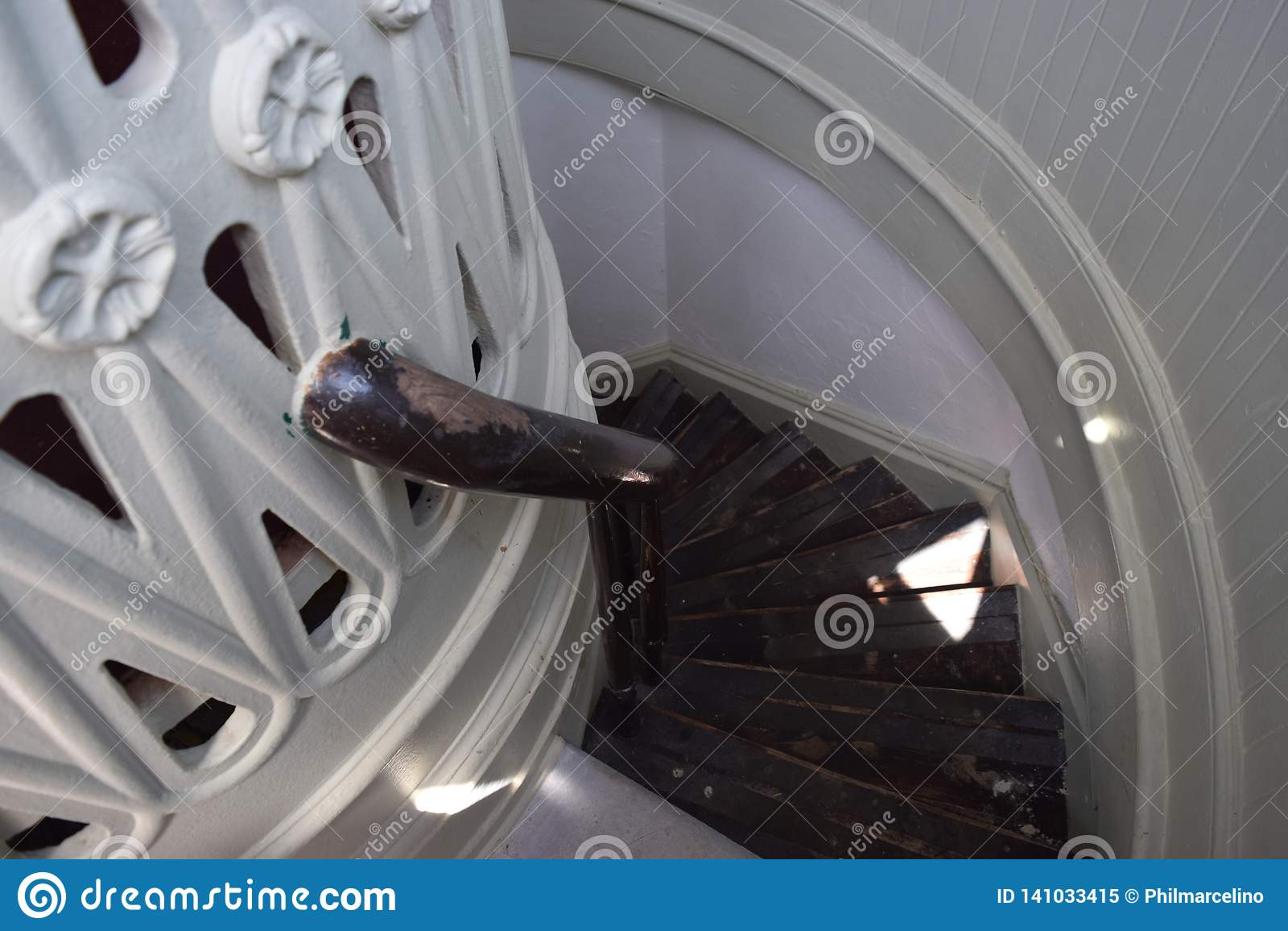 Vão das escadas Bermuda do farol de St David