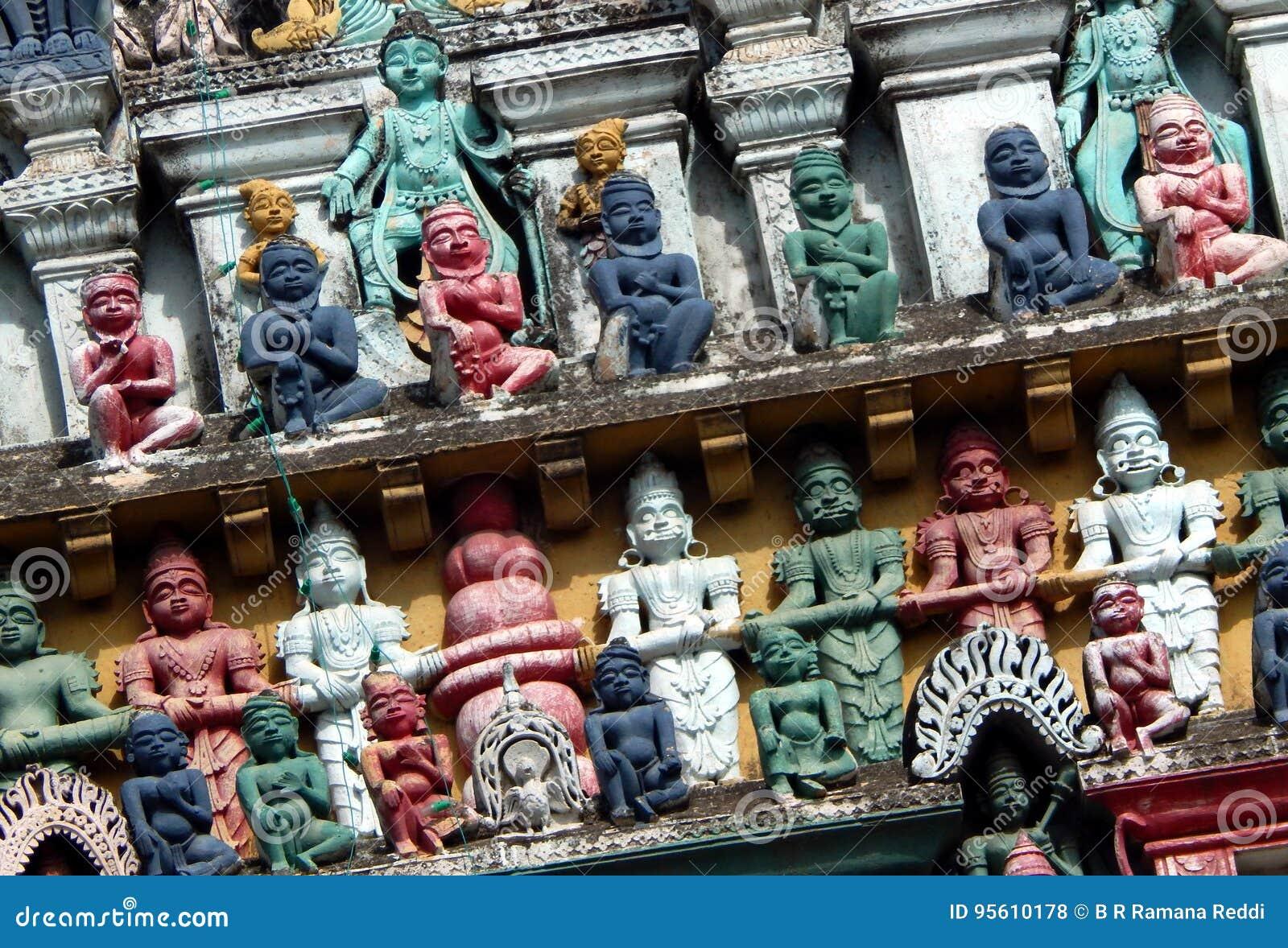 Väggkonst och arkitektur av årig tempel 200