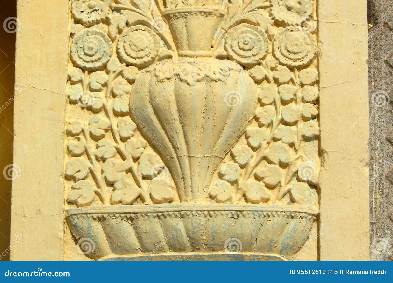 Väggkonst och blom- arkitektur av årig tempel 200