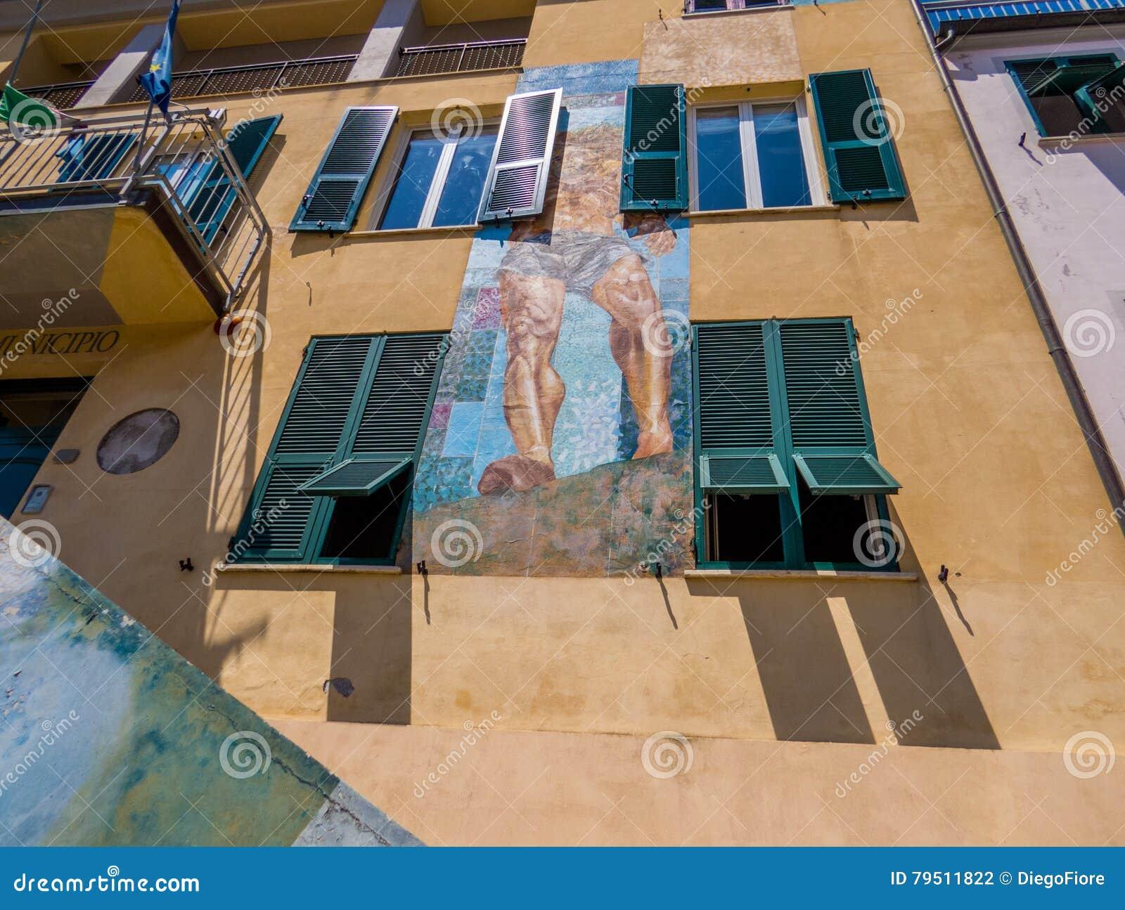 Väggmålningar på det Riomaggiore stadshuset