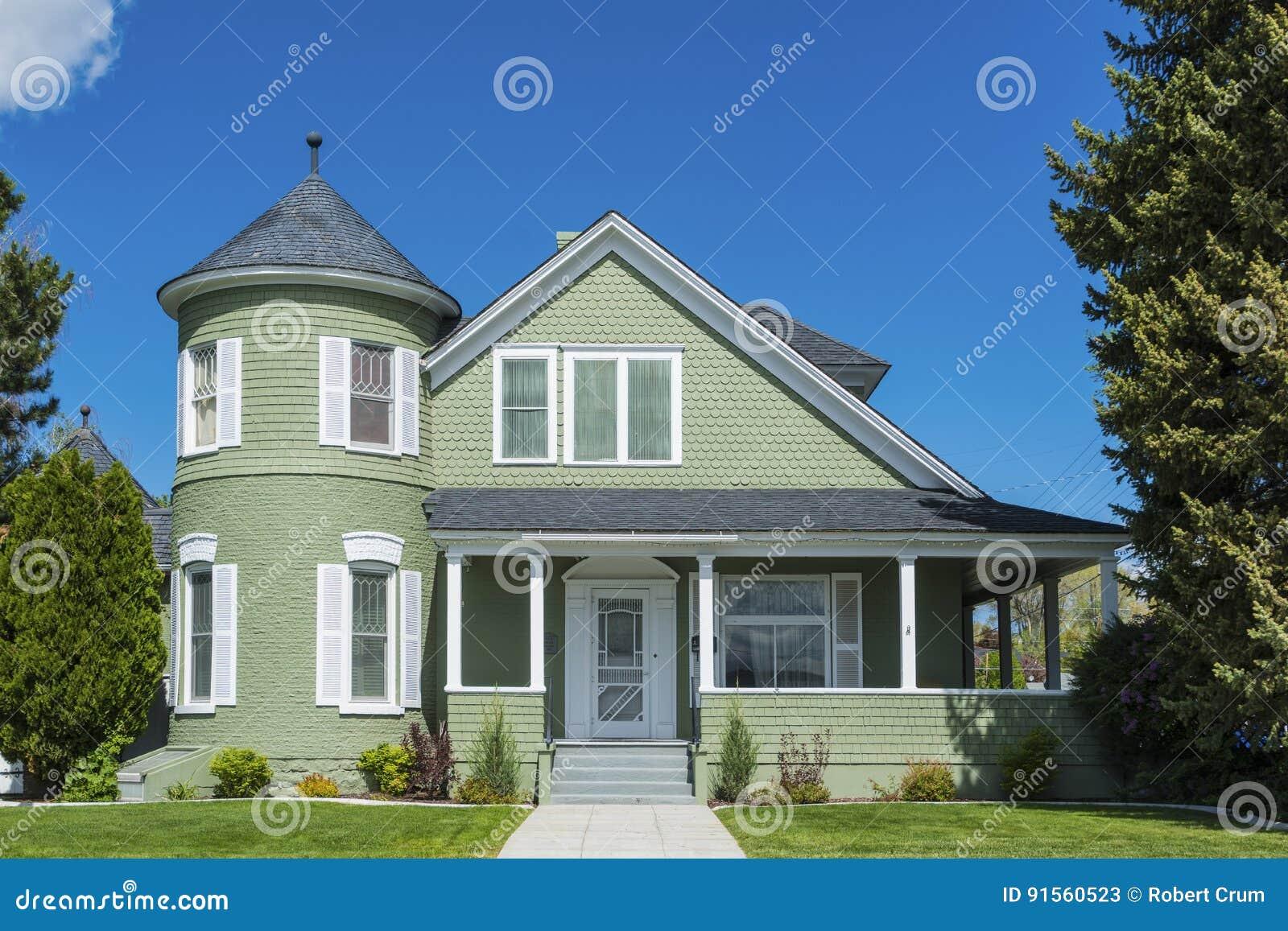 Välsköttt klassiskt amerikanskt hus