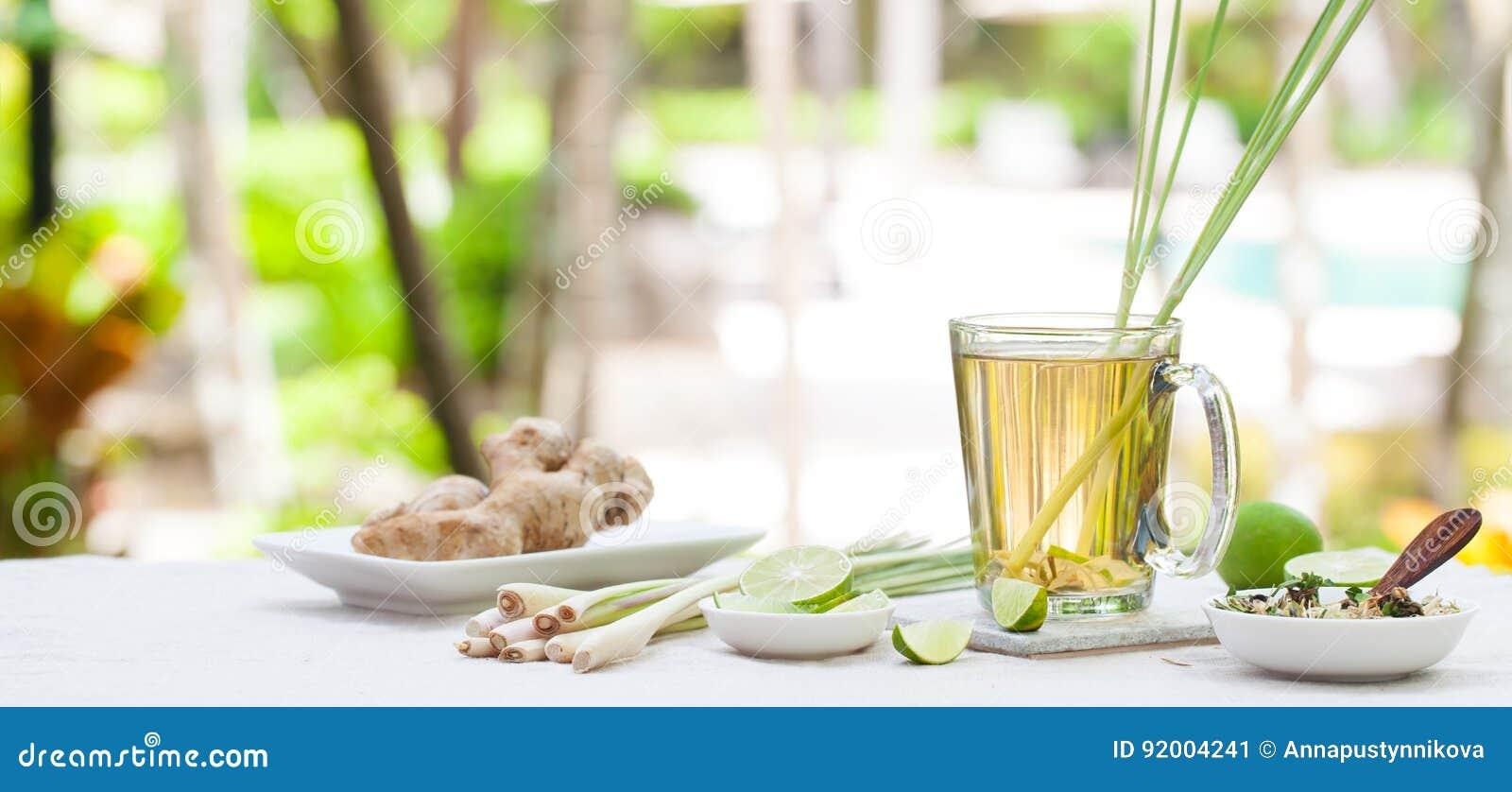 Växt- grönt te med lemongrass och ingefäran