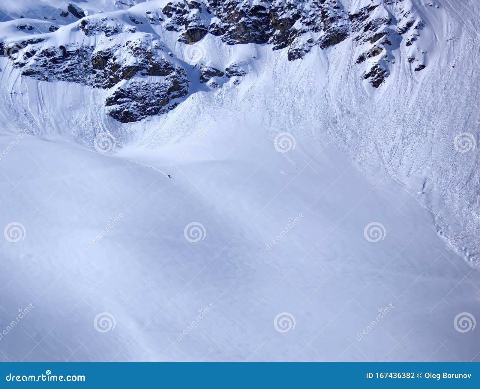 Varen I Franska Alperna April Tignes Ski Resort Haute Savoy Frankrike Arkivfoto Bild Av Alpin Europeiskt 167436382