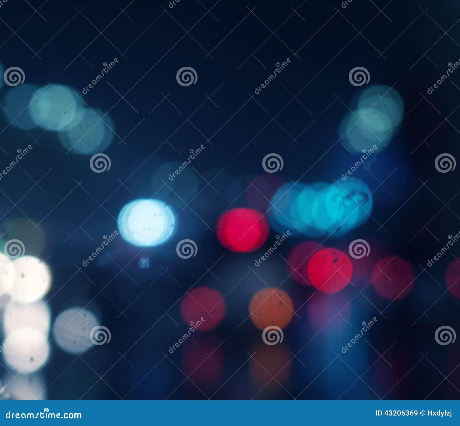Download Vått Fönster Med Bakgrund Av Nattstaden Fotografering för Bildbyråer - Bild av stad, sikt: 43206369