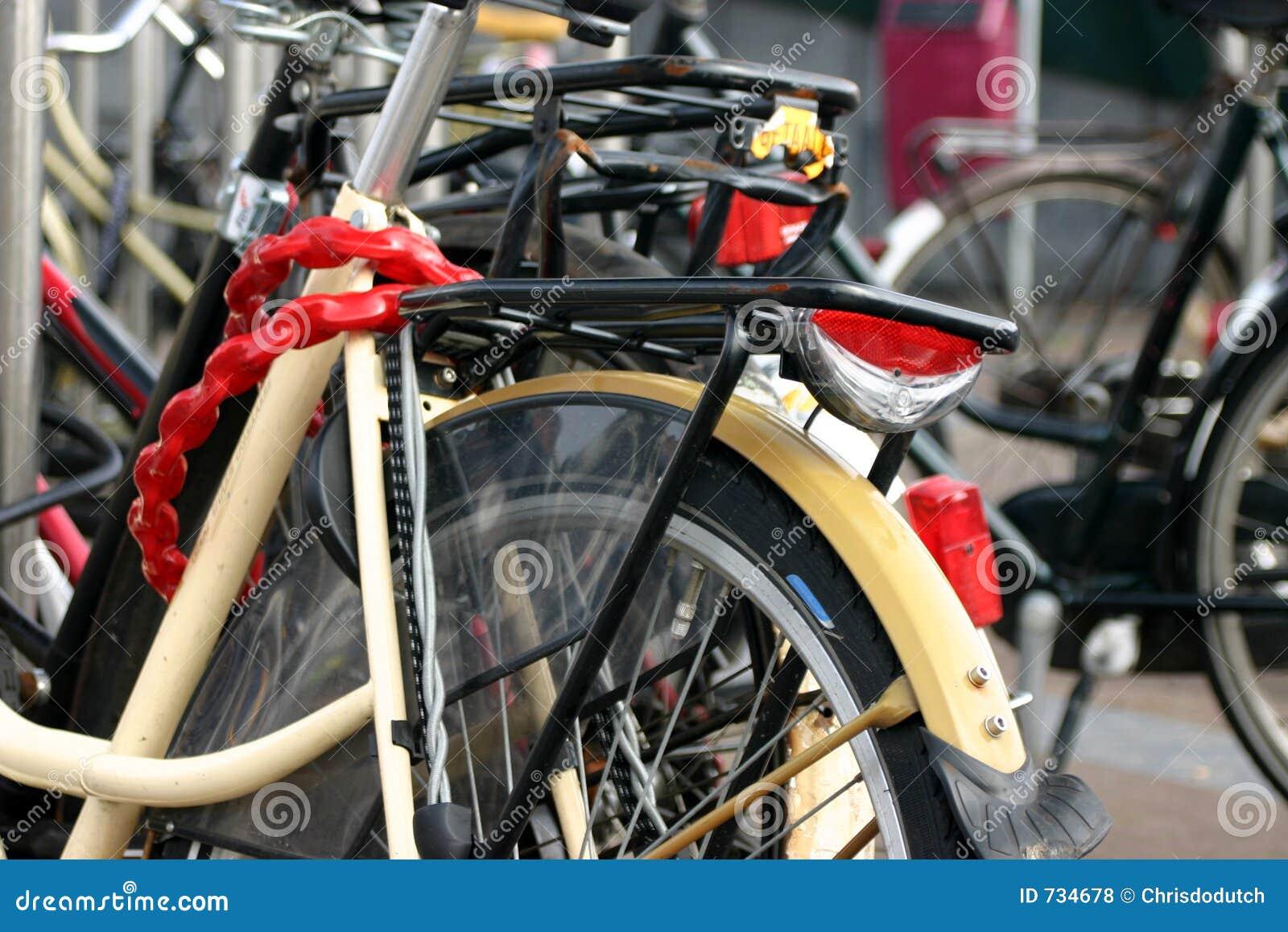 Vélos verrouillés