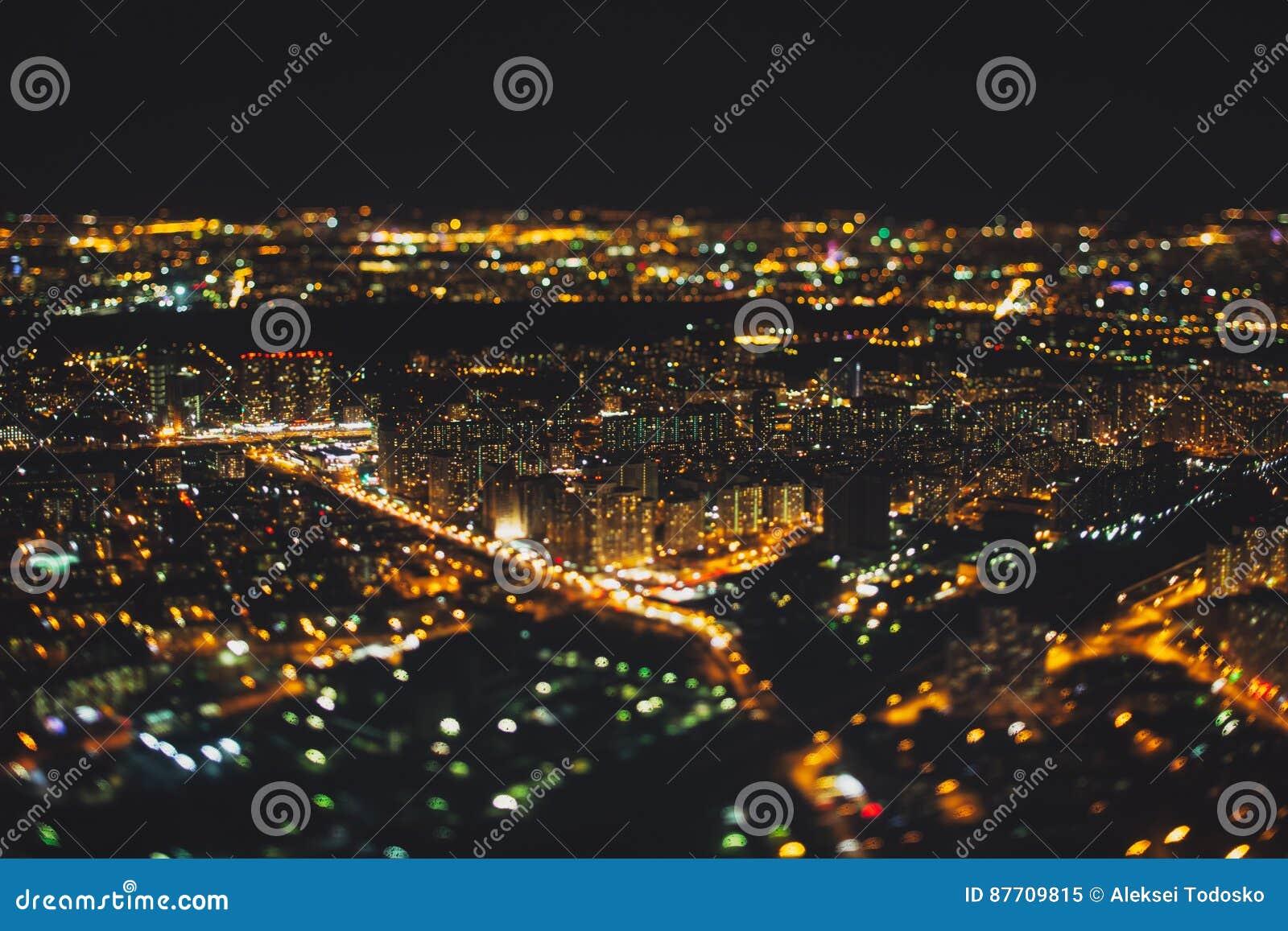 Véritable tir de décalage d inclinaison de ville de nuit de clou