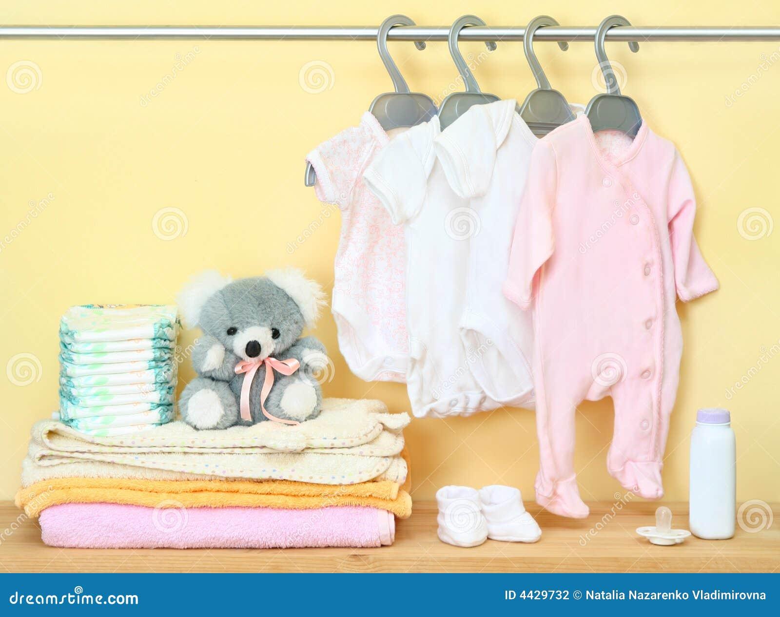 Vêtements et accessoires pour nouveau-né
