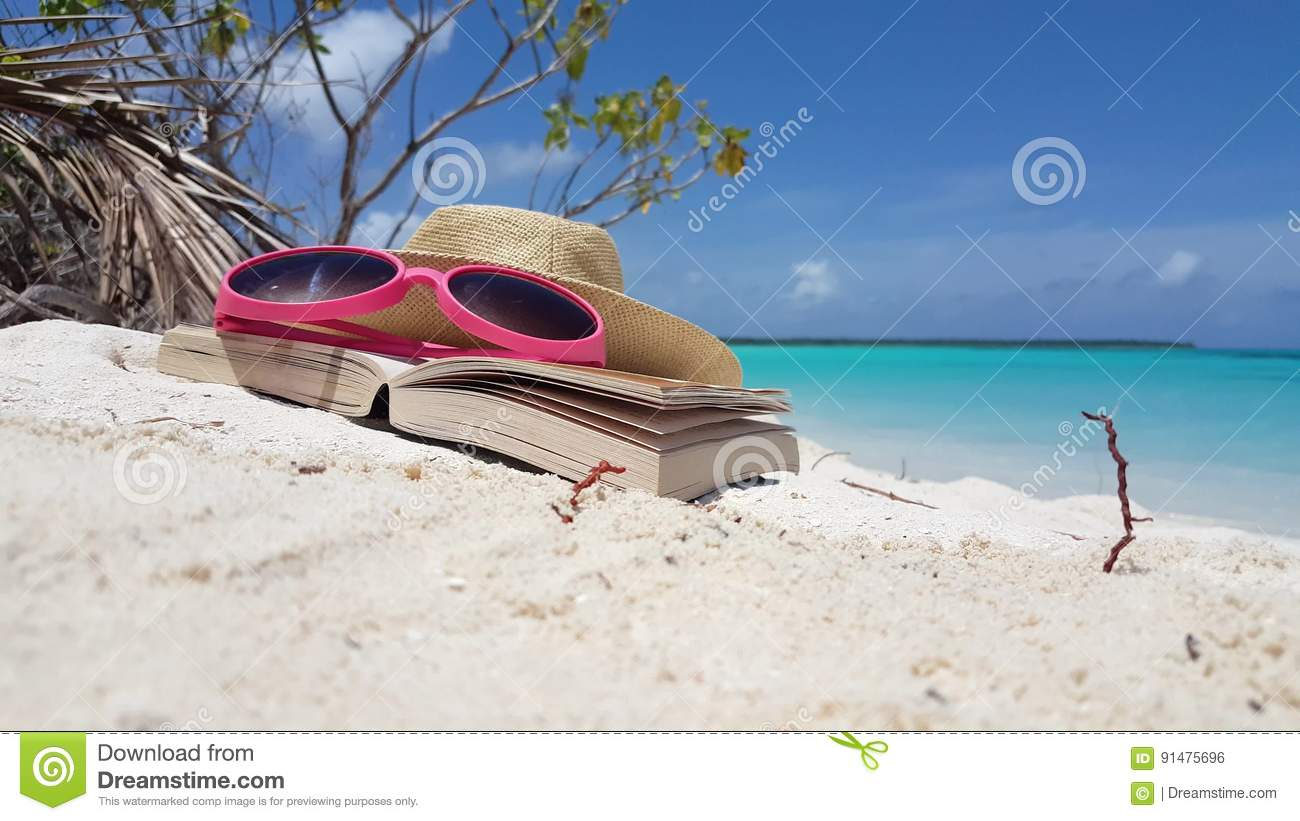 v00699 maldives beautiful beach background white sandy tropical