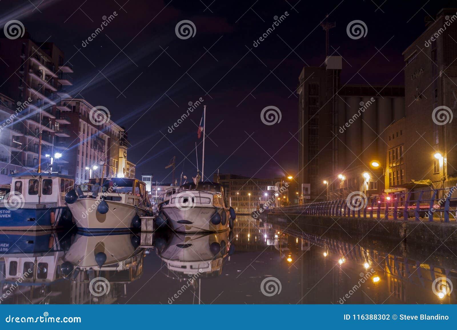 Vaartkom de Lovaina en la noche