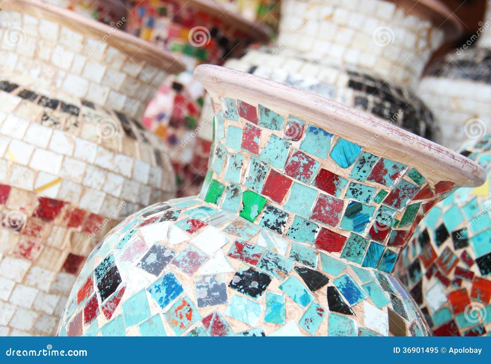 Vaas Van Gekleurde Mozaïeken Royalty-vrije Stock Foto - Afbeelding ...
