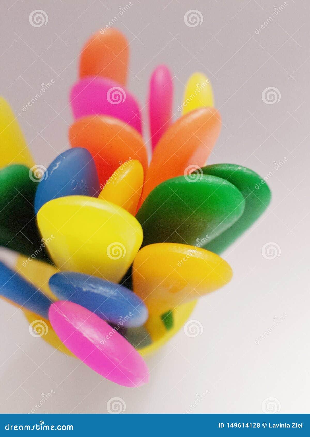 Vaatwerkstaarten - plastic regenboog