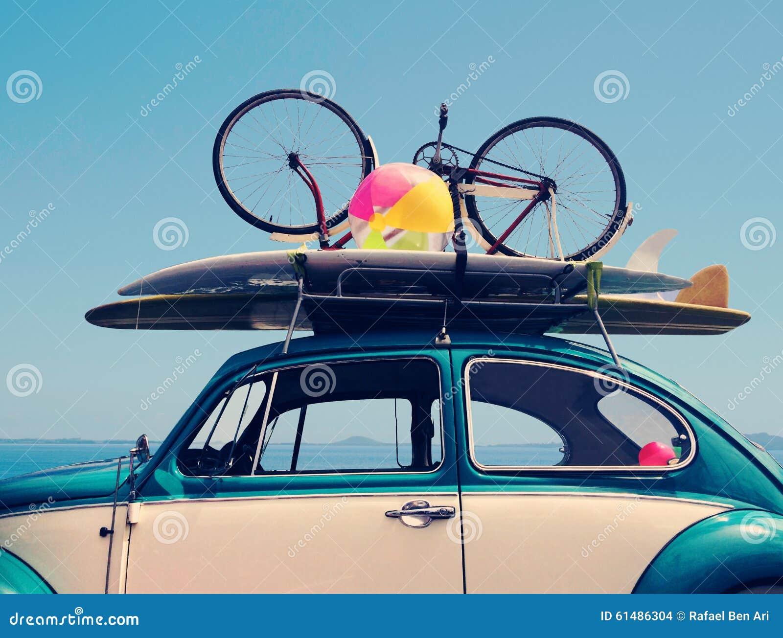 Vacaciones del viaje por carretera de las vacaciones de verano del vintage
