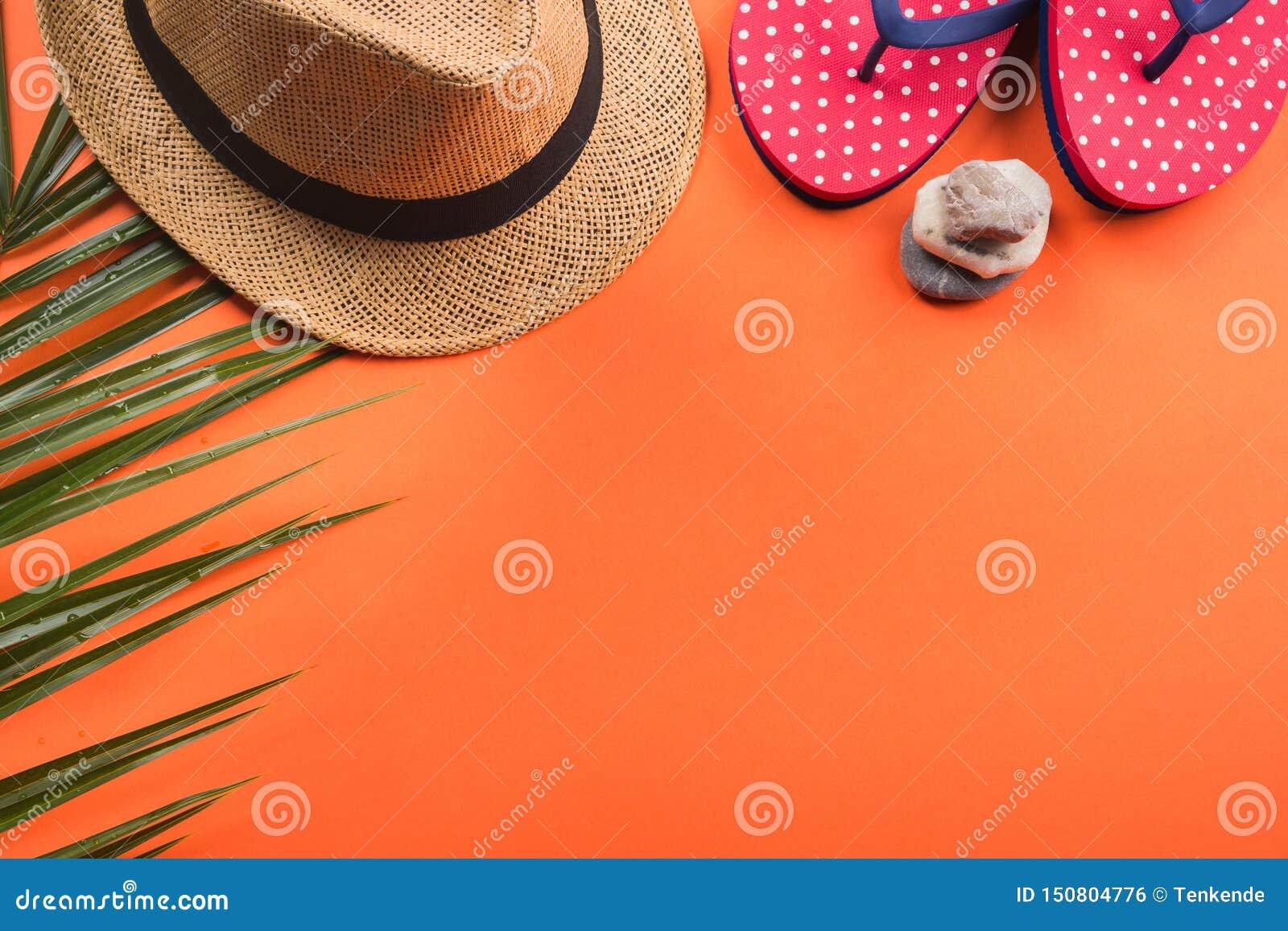 Vacaciones en la playa El plano pone en coral anaranjado