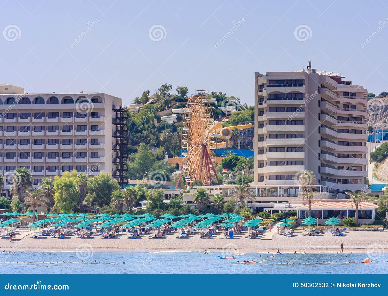 Vacanza In Mare La Località Di Soggiorno Di Faliraki Rhodes La ...