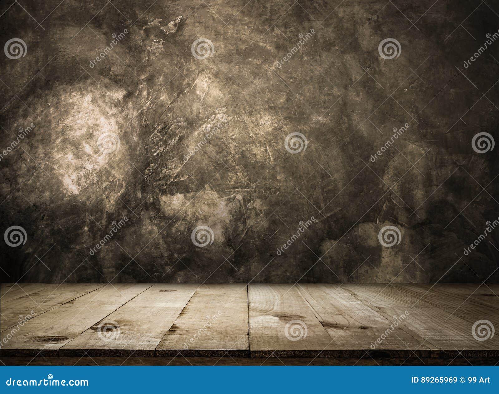 Vacie la tabla de madera sobre la pared del grunge vacía alistan para su producto