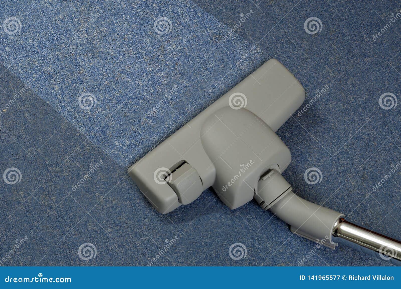 Vacuuming dywan