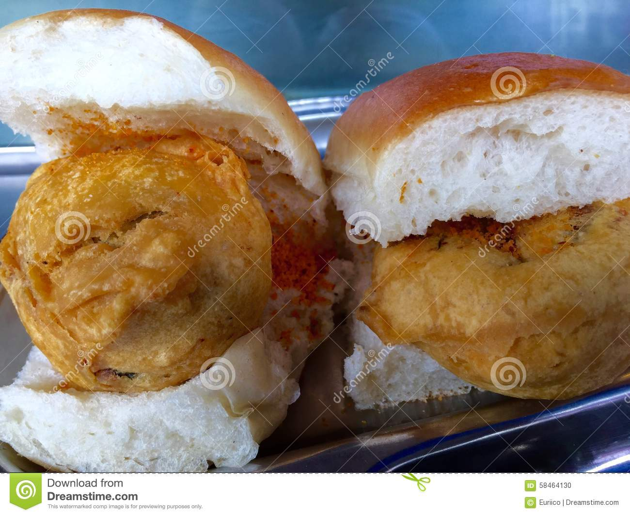 Vada Pao - Indian fast food