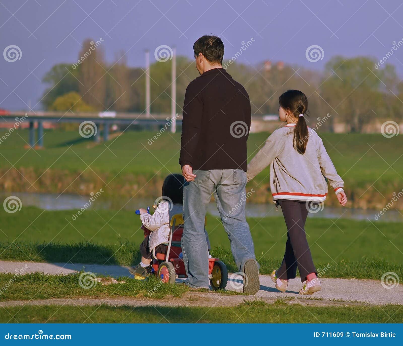 Vader en Twee Dothers