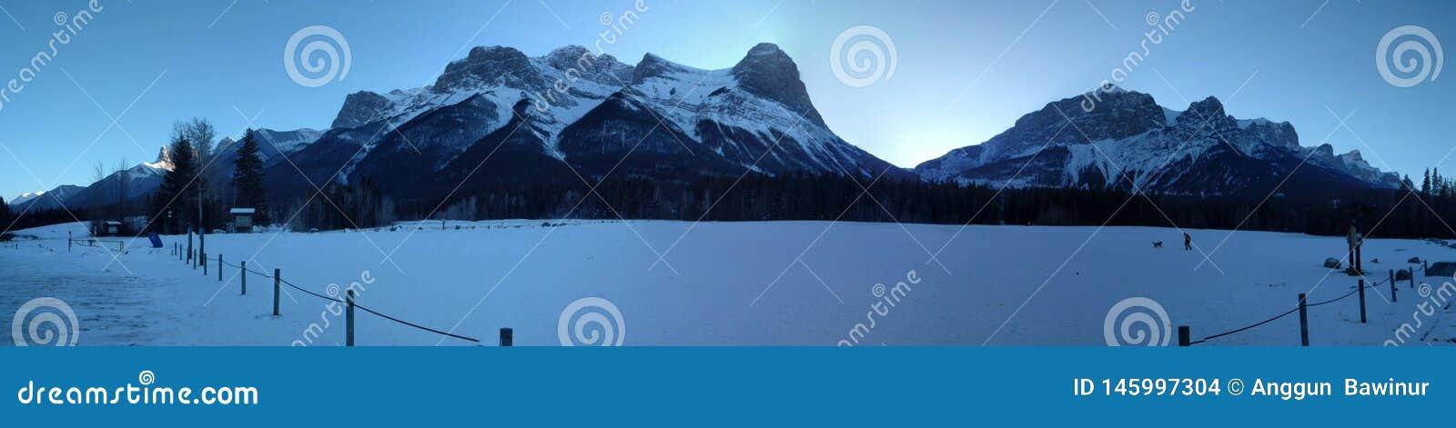 Vagando por alrededor de Banff, Alberta, Calgary en invierno
