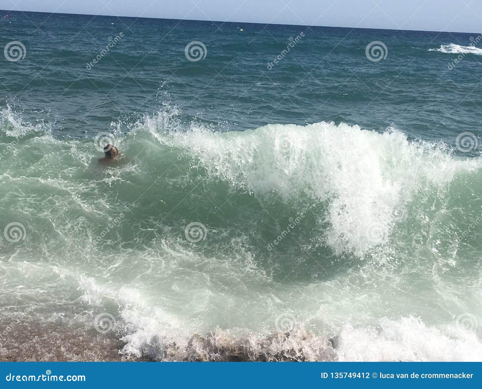 Vague dans l eau de mer