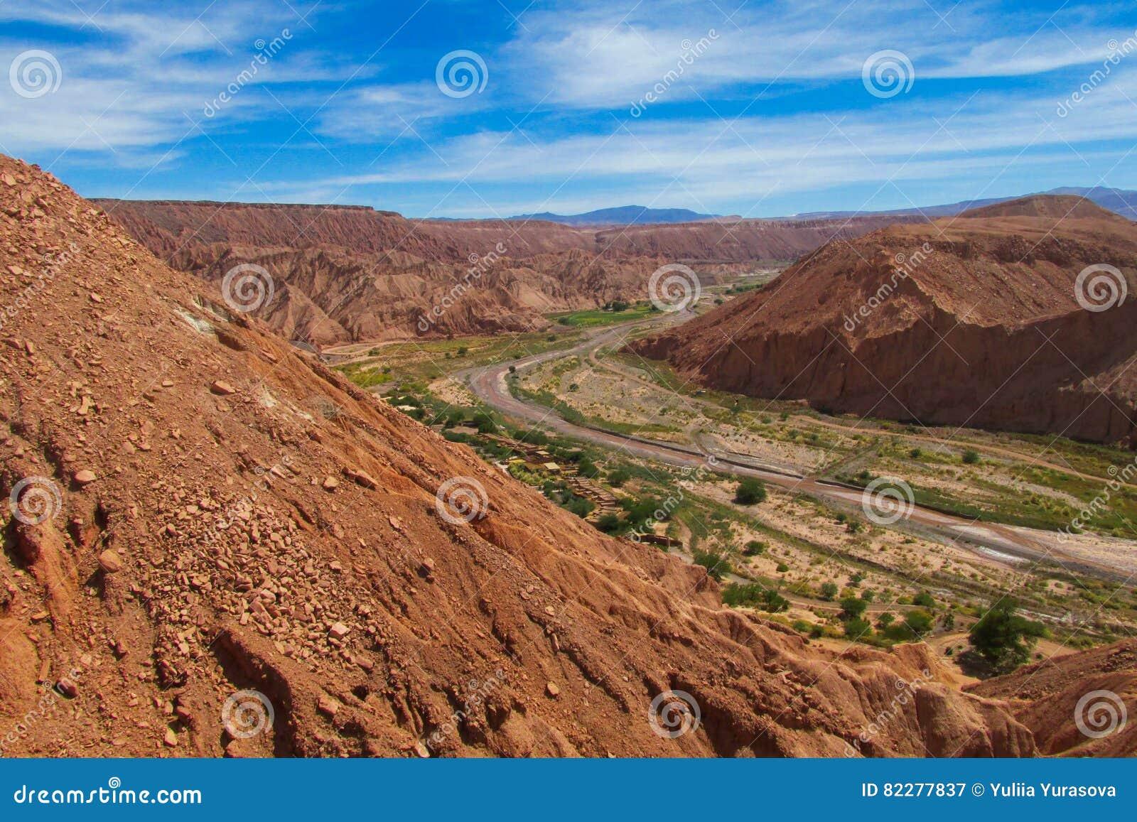 Vale Quitor dos oásis em Atacama, o Chile