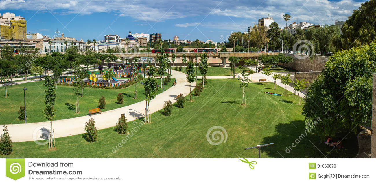 Valence jardins de turia photo stock image 31868870 for Jardines de turia