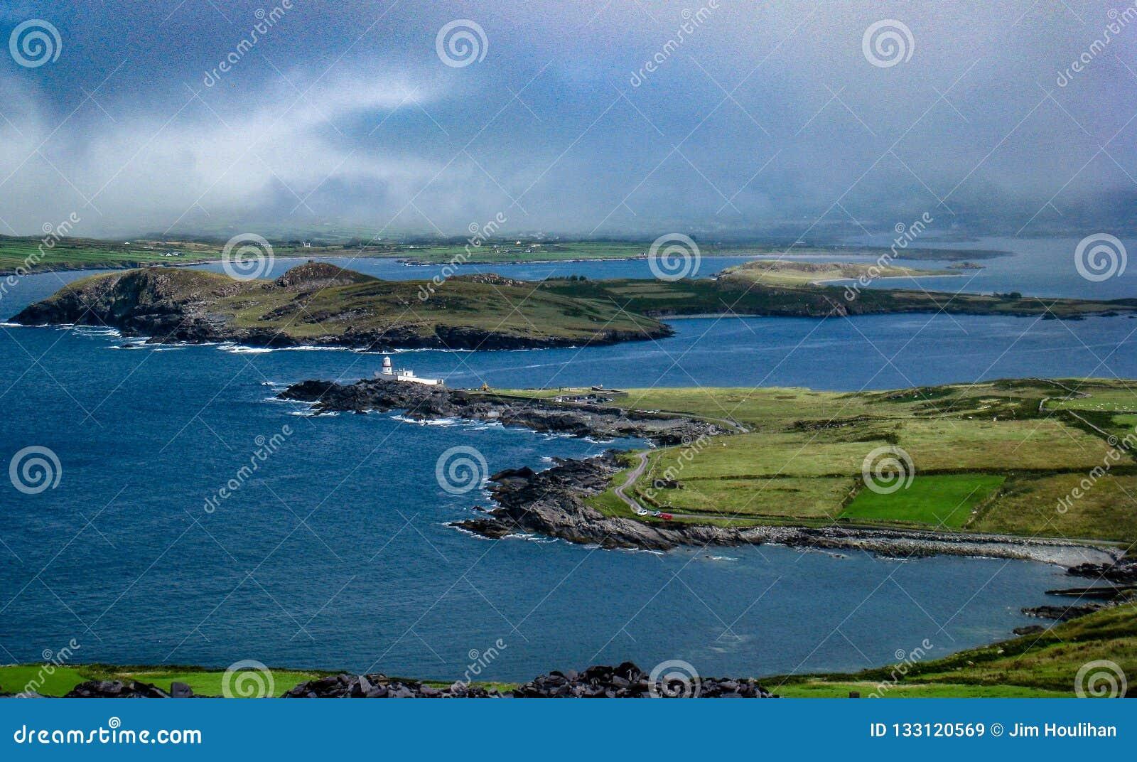 Valentia Lighthouse And Beghinish Island, Valentia Island ...