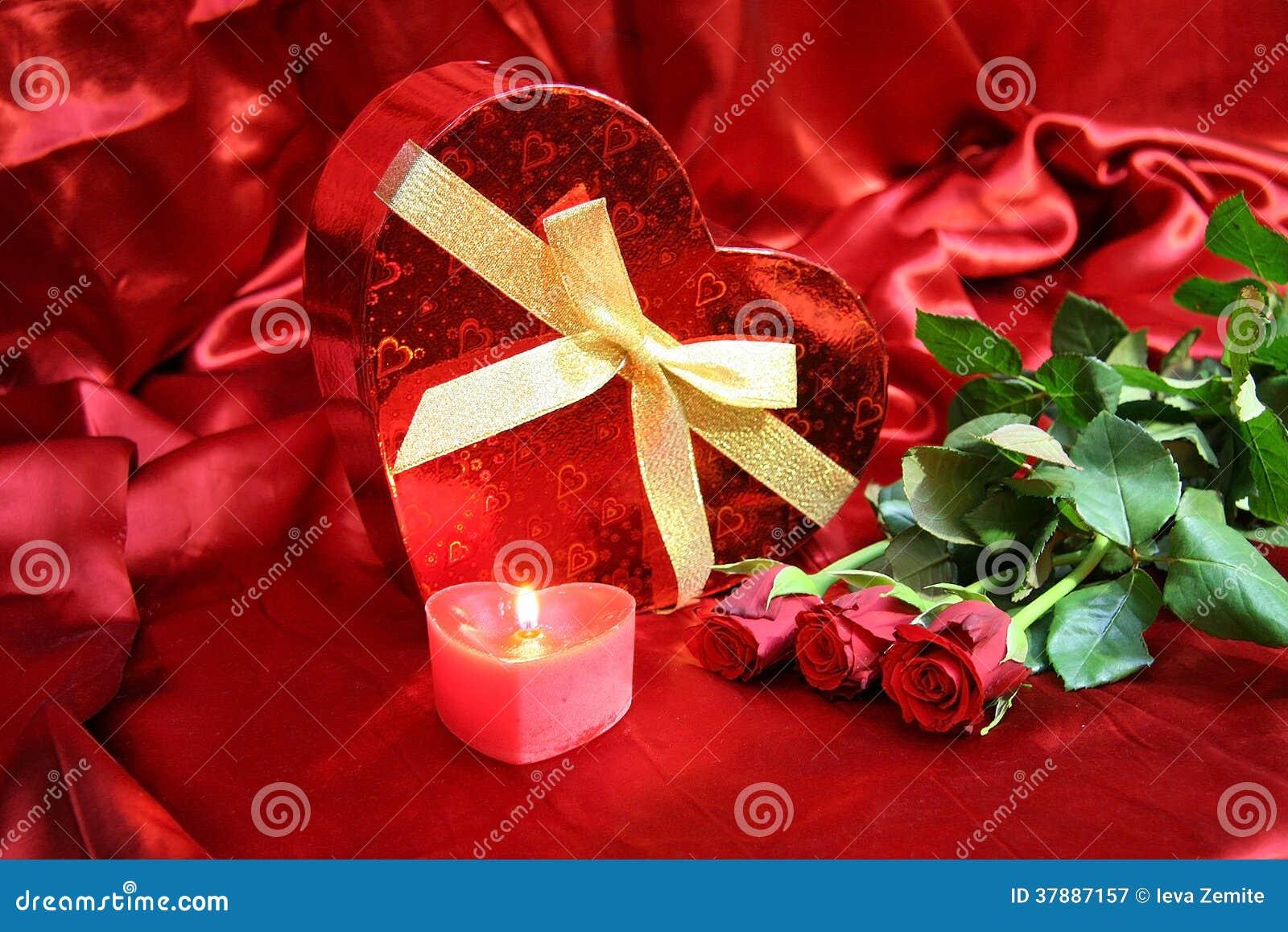 Valentijnskaartenkaart met rode rozen
