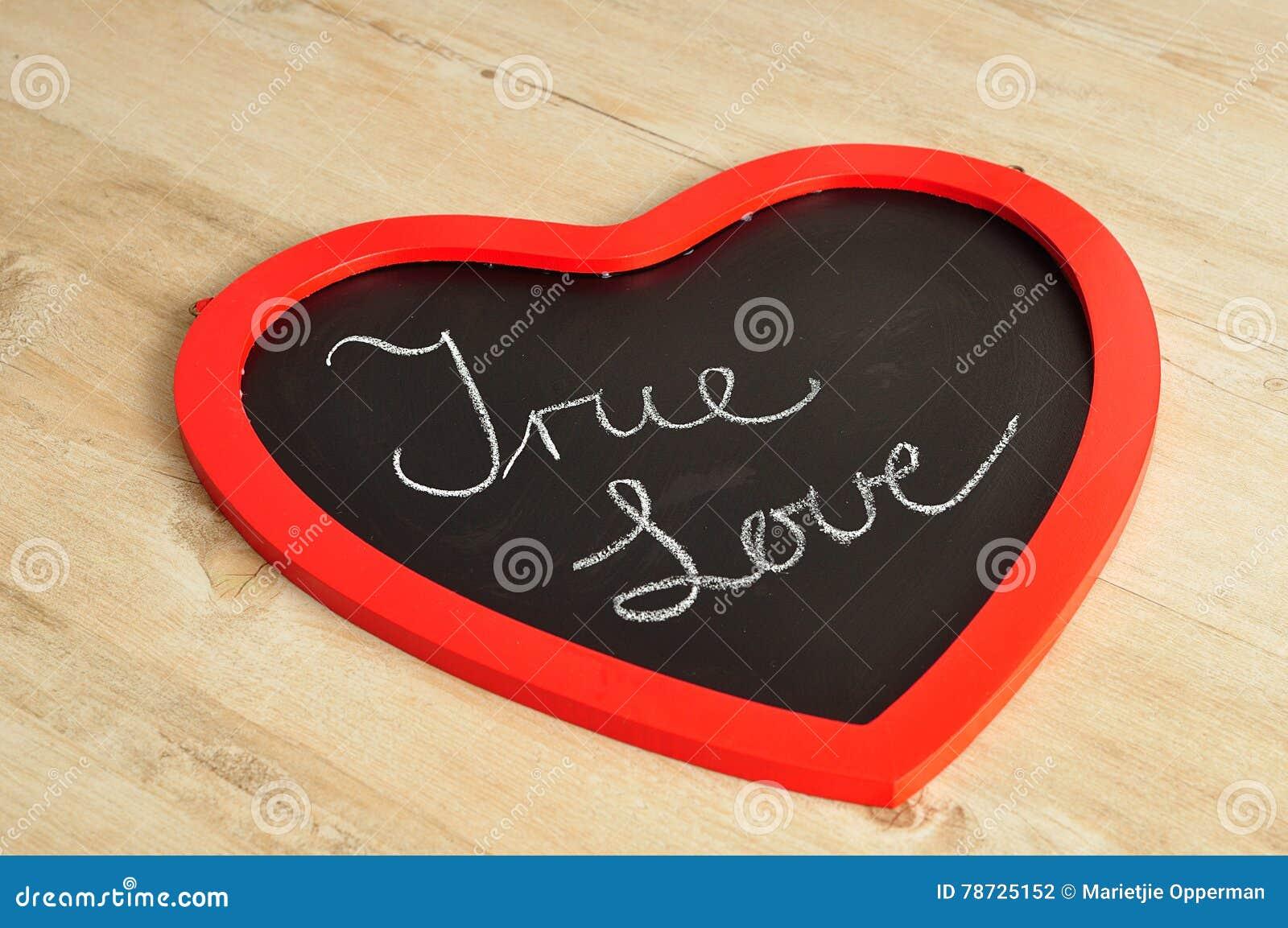 Valentine& x27; s-dag Ett bräde för hjärtaformsvart