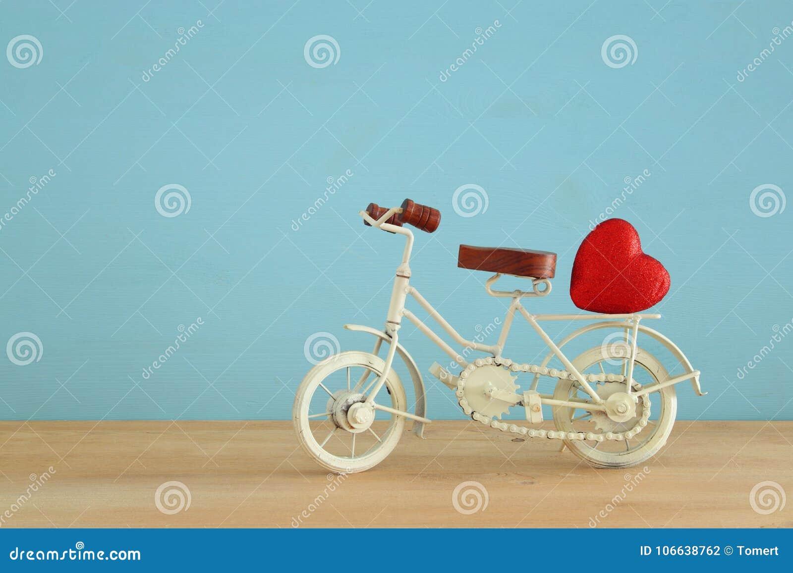 Valentine S Day Vintage Toys : Valentine s day romantic background with white