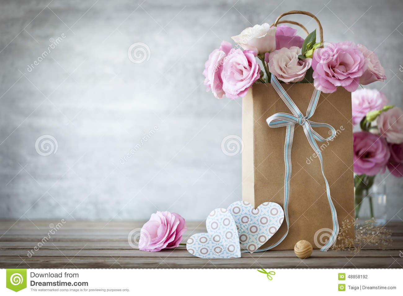 Valentines Day background with roses flowers and Hearts