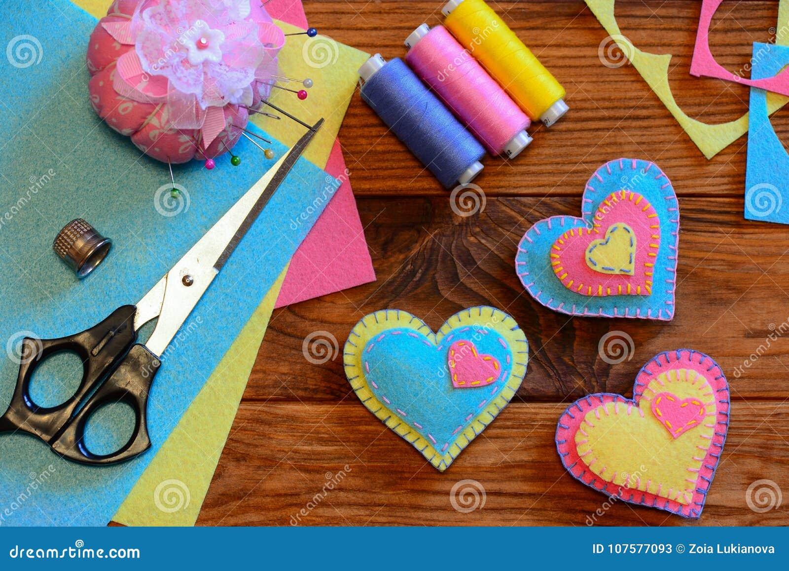 Valentines Day Ornaments Felt Heart Ornaments Scissors Thread