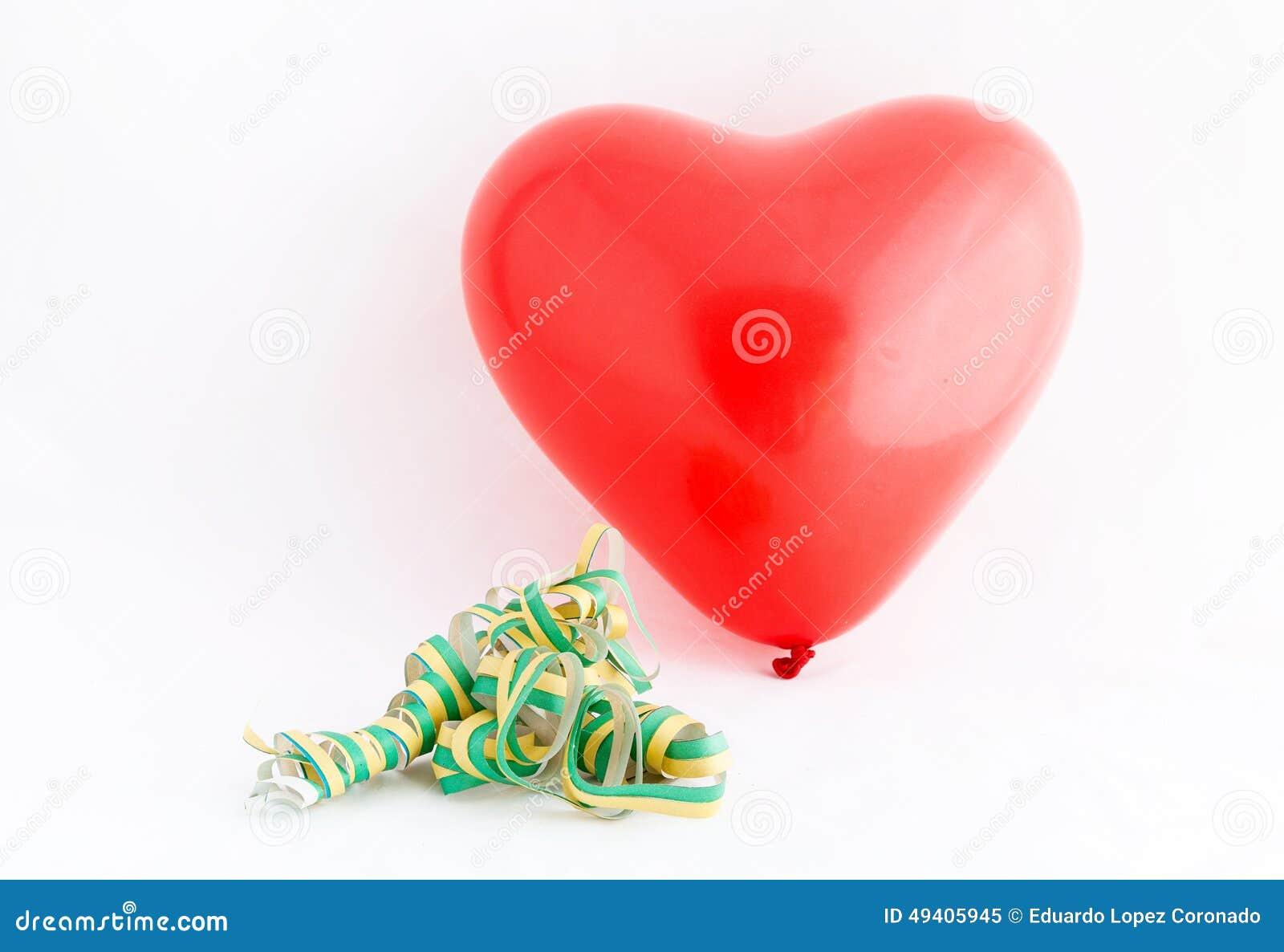Download Valentinstag-rotes Herz Lokalisiert Auf Weißem Hintergrund Stockbild - Bild von romantisch, abschluß: 49405945