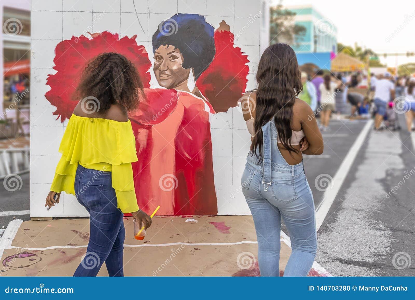 Valeur de lac, la Floride, Etats-Unis 23-24 ouvrier, 25ème festival annuel de peinture de la rue 2019