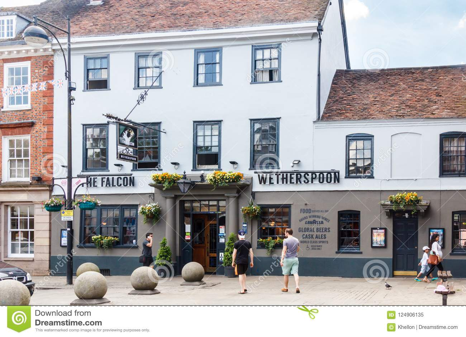 Valkbar High Wycombe