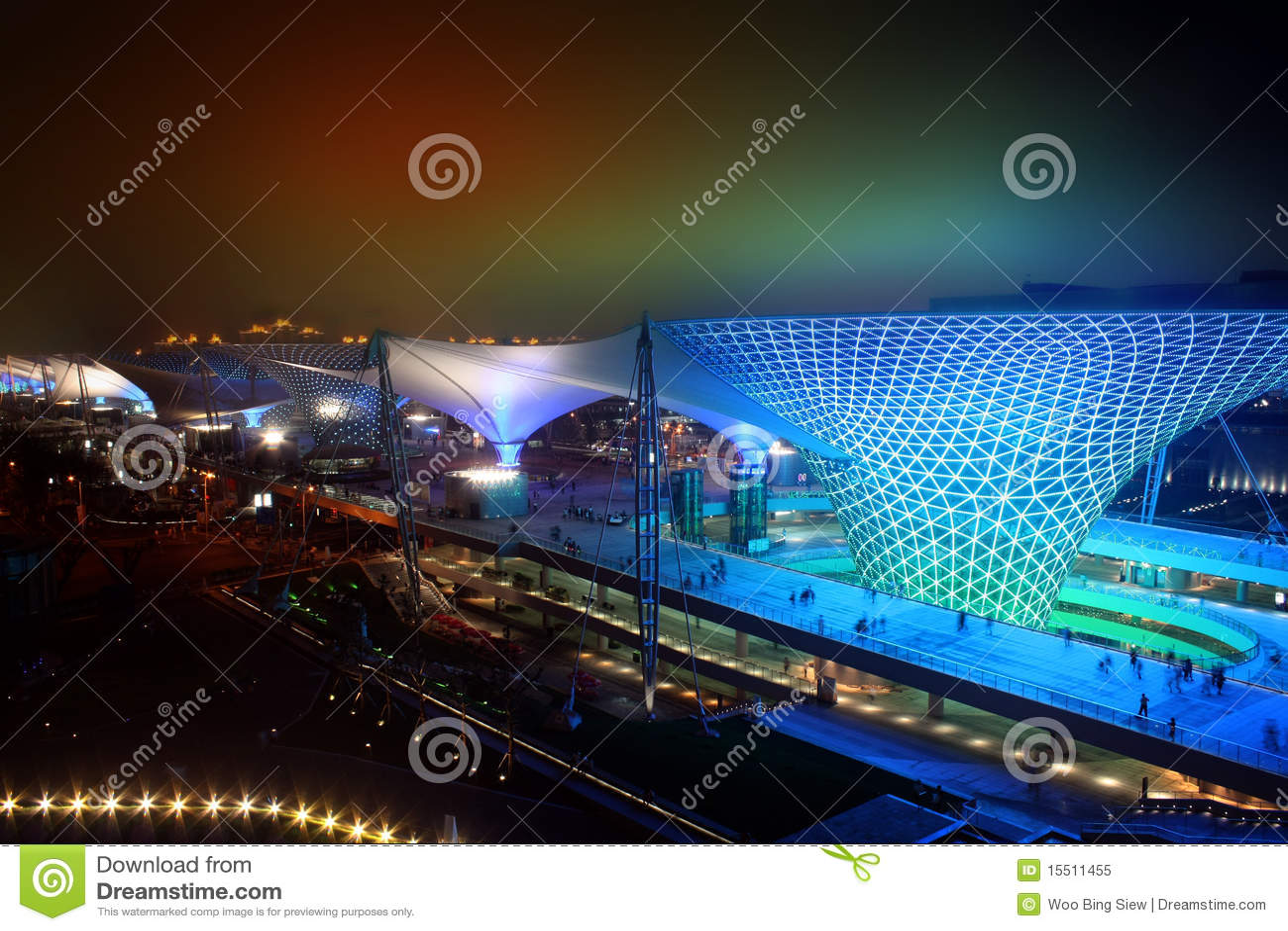 Vallée ensoleillée de boulevard d expo du monde de Changhaï