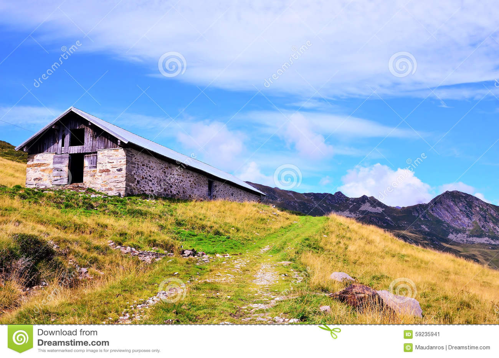Download Valle de Racines imagen de archivo. Imagen de hierba - 59235941