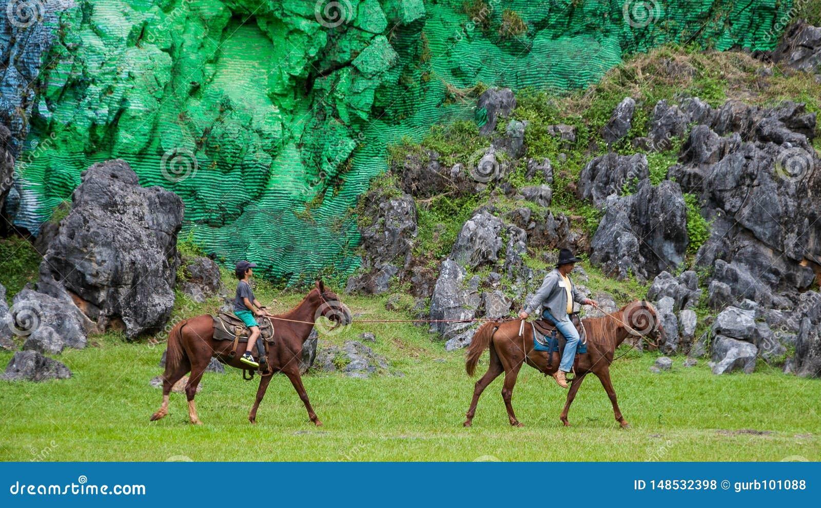 Valle de Viñales, Cuba: excursiones a caballo en el parque nacional de Vinales